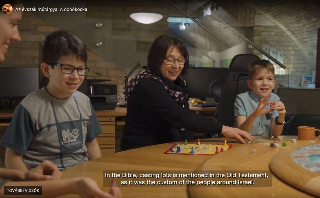 Az évszak műtárgya…. Miért van a Bibliában dobókocka?